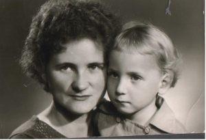 Se svou maminkou